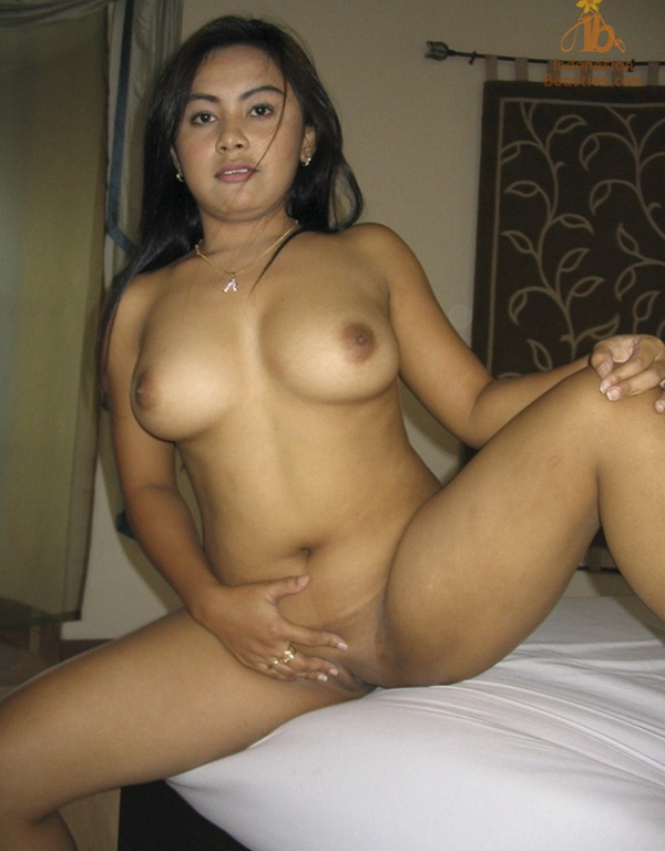 ladies hot nude indo