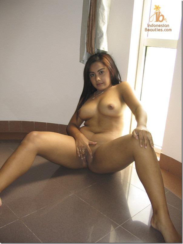 hot indo model
